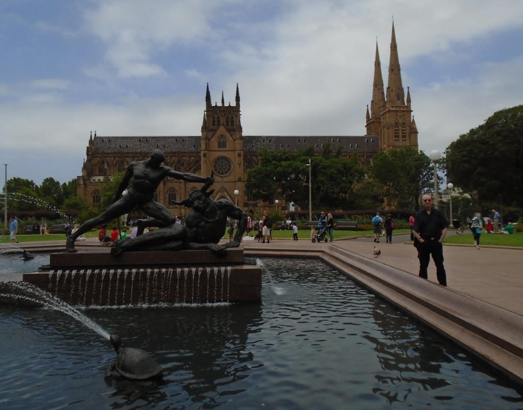 HydePark fountain&St Mary's