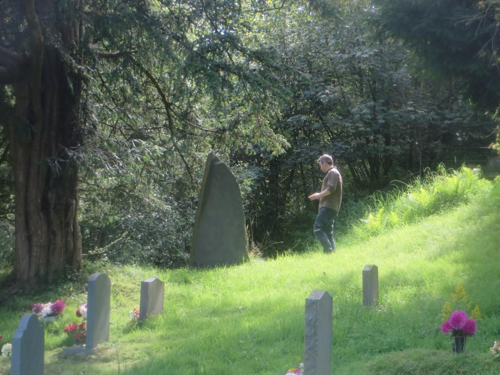 Alwyn in graveyard 2